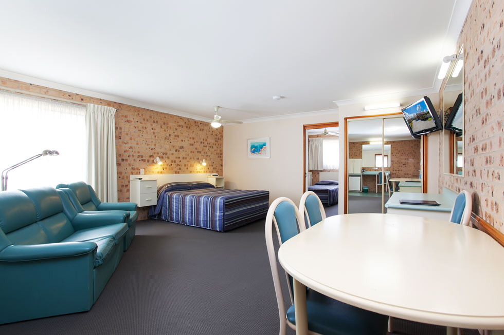 All rooms equipped with complimentary Wi Fi, Foxtel and flat screen TVs